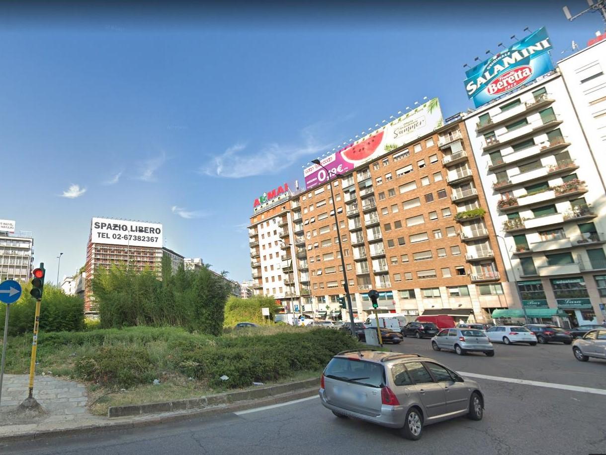 Piazzale-Loreto.jpg
